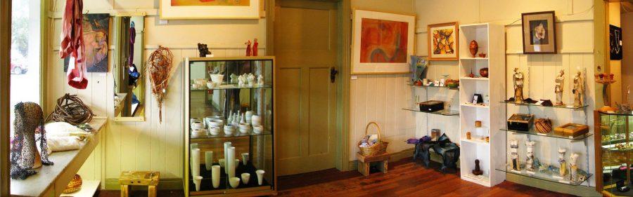 inside-Meeniyan-Art-Gallery